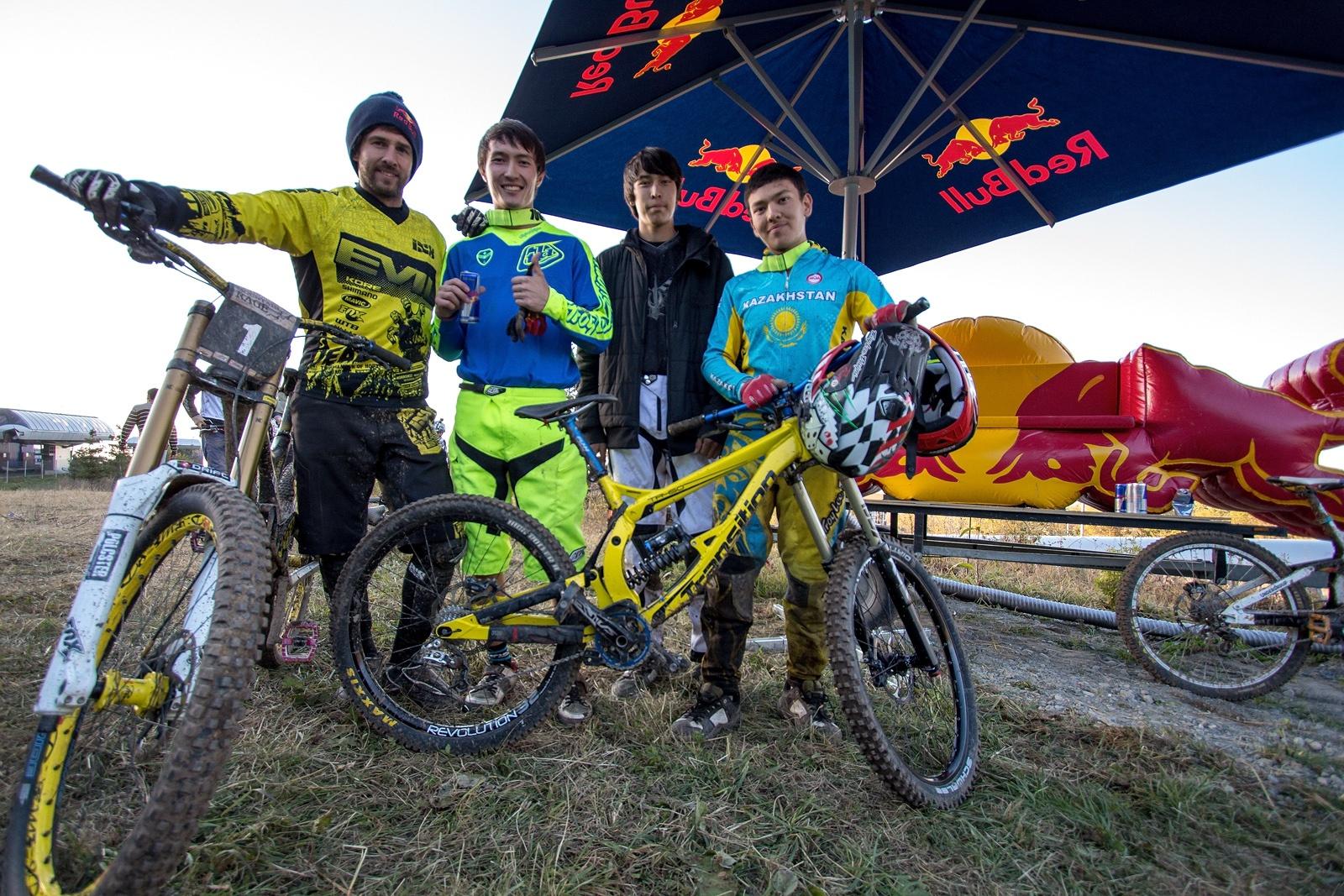 "Чемпионат Казахстана по Downhill ""Red Bull Mountain Rage"""
