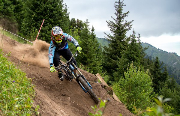 Saken Kagarov Profile 2014 (Shymbulak Bike Park)